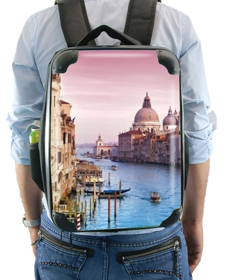 Venice - the city of love for Backpack